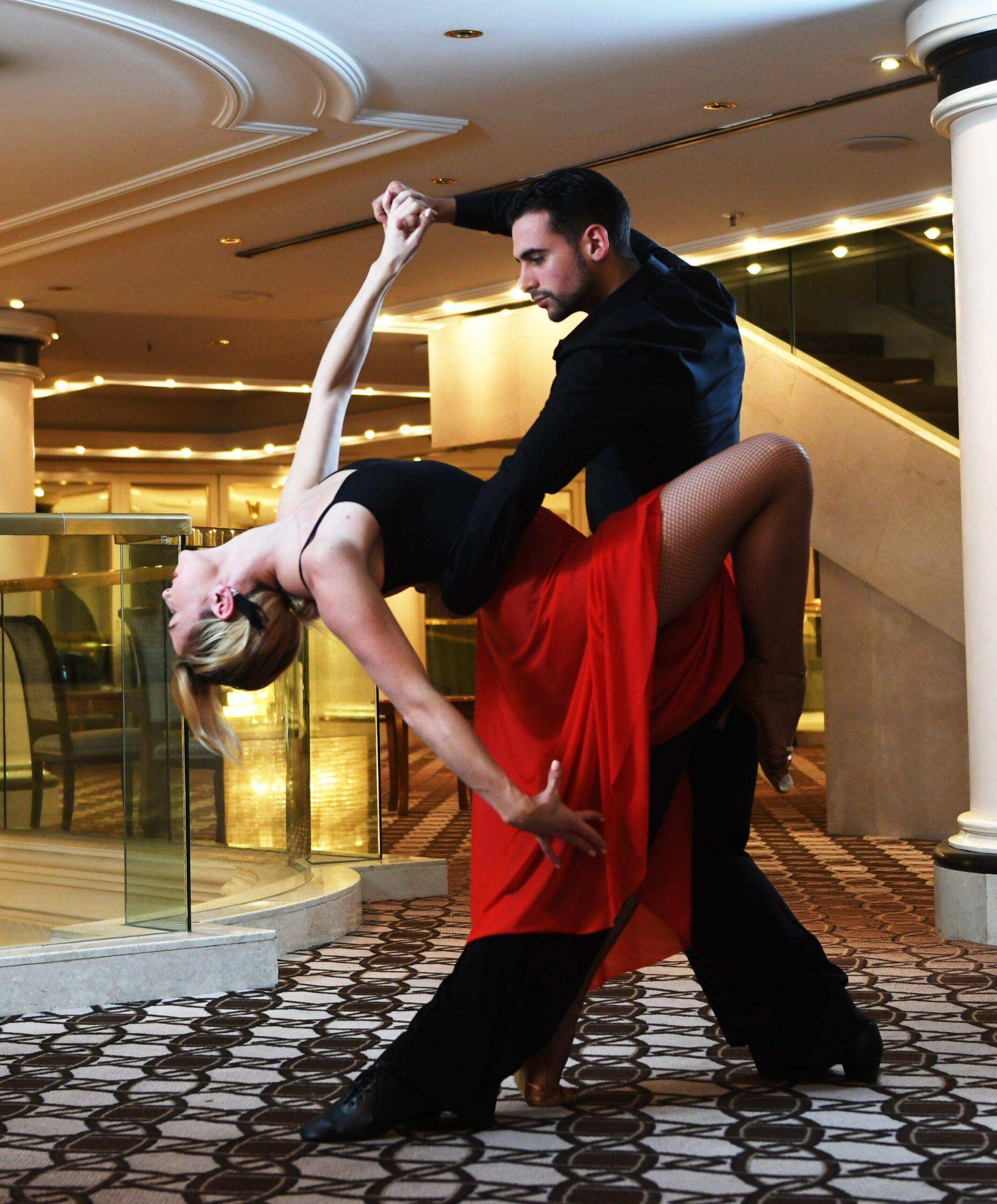 Plesni centar Fredi - Plesni tečajevi